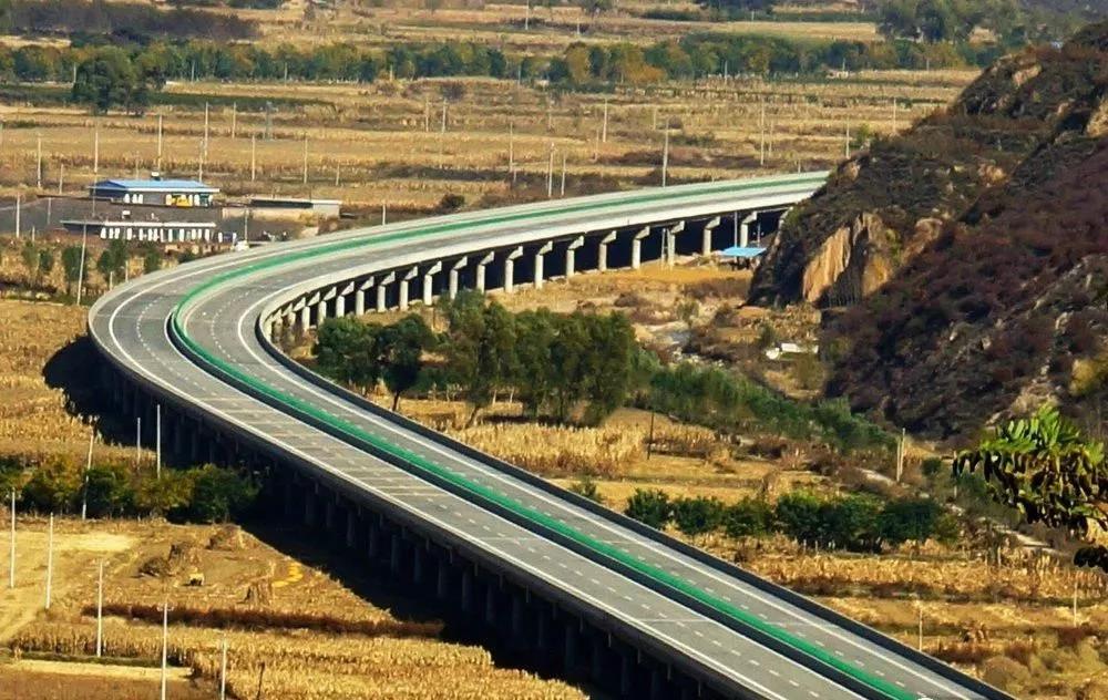 霍永高速公路东段伸缩缝安装